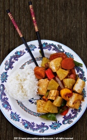 Spicy Ginger Tofu with Veggies and Pineapple